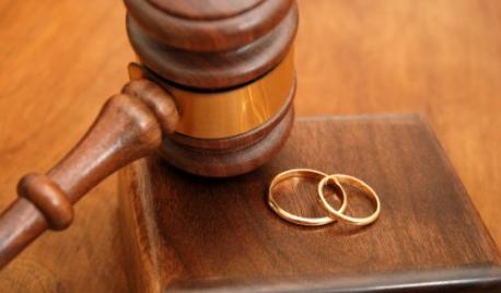 Suami tak Shalat, Istri Jadi tak Halal?