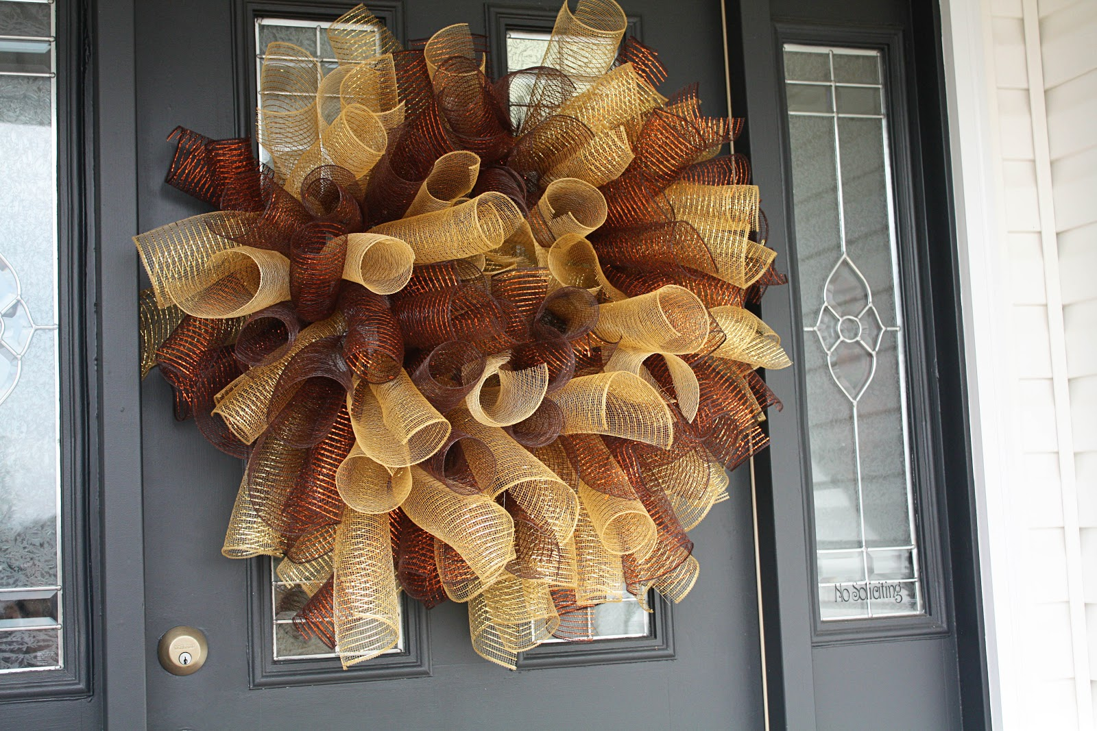Deco Mesh Wreaths For Christmas