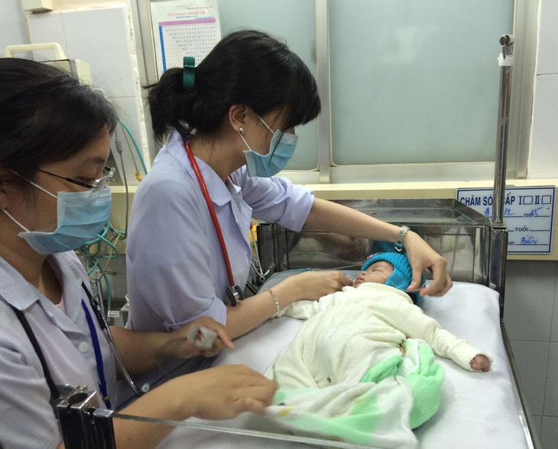 Gia Lai: Hành trình tìm sự sống của bé sơ sinh bị ném xuống giếng