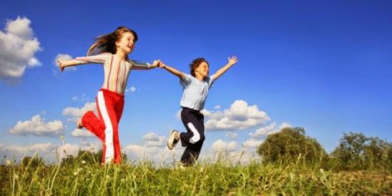 la web familias en ruta nos propone 16 maneras de disfrutar de la naturaleza con nios de forma gratuita