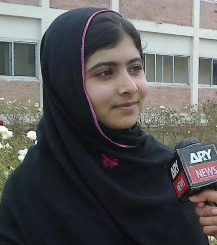 Girl fb pakistani Pakistani Girls