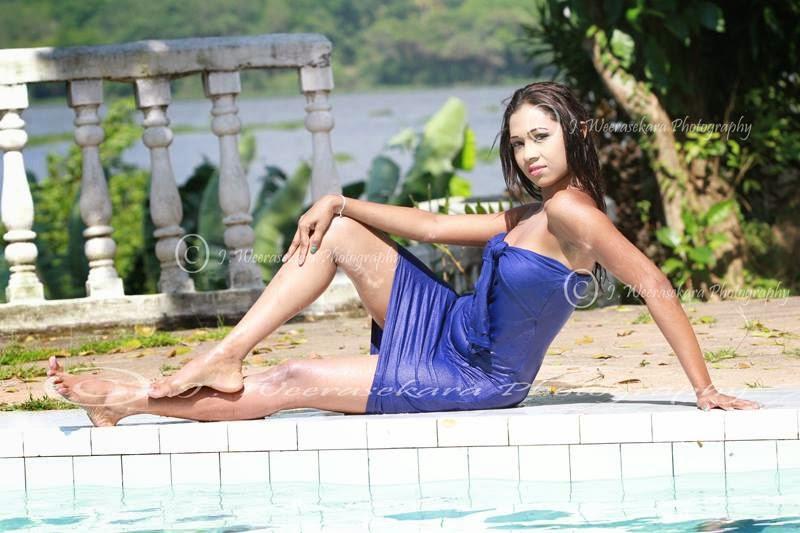 TANEYA open legs