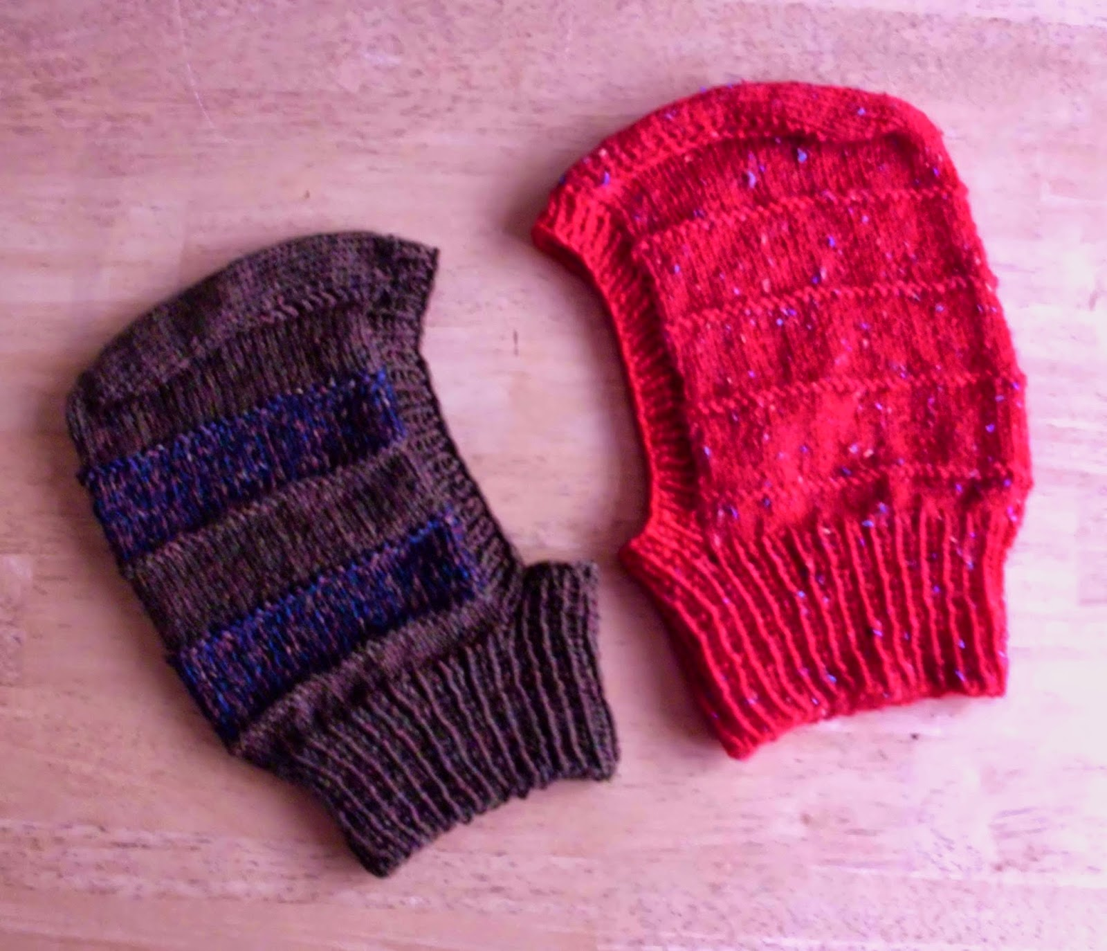 Balaclava Free Knitting Pattern : Great Balls of Wool: Balaclavas and gauge mattters...