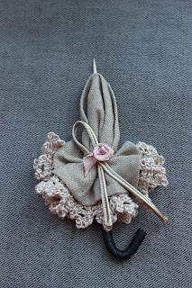 брошь ручной работы, брошь, брошь цветок, Бижутерия, аксессуары, цветы, цветы ручной работы, купить брошь, брошка, брошка из ткани, брошь ручной работы, красивая брошь, брошки, оригинальный подарок, ажурная брошь, подарок девушке женщине, брошь атласная, цветочная брошь, брошь в форме цветка, текстильная брошь, брошь в виде зонтика