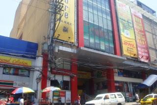 Jackman Plaza Munoz