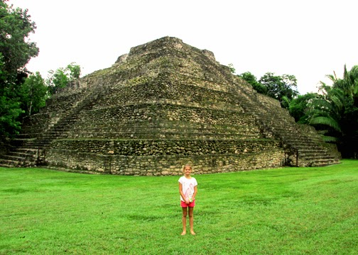 We began our Mayan Experience Tour an hour inland at Chacchoben Maya Ruins...a very nice collection of ruins in a jungle setting.