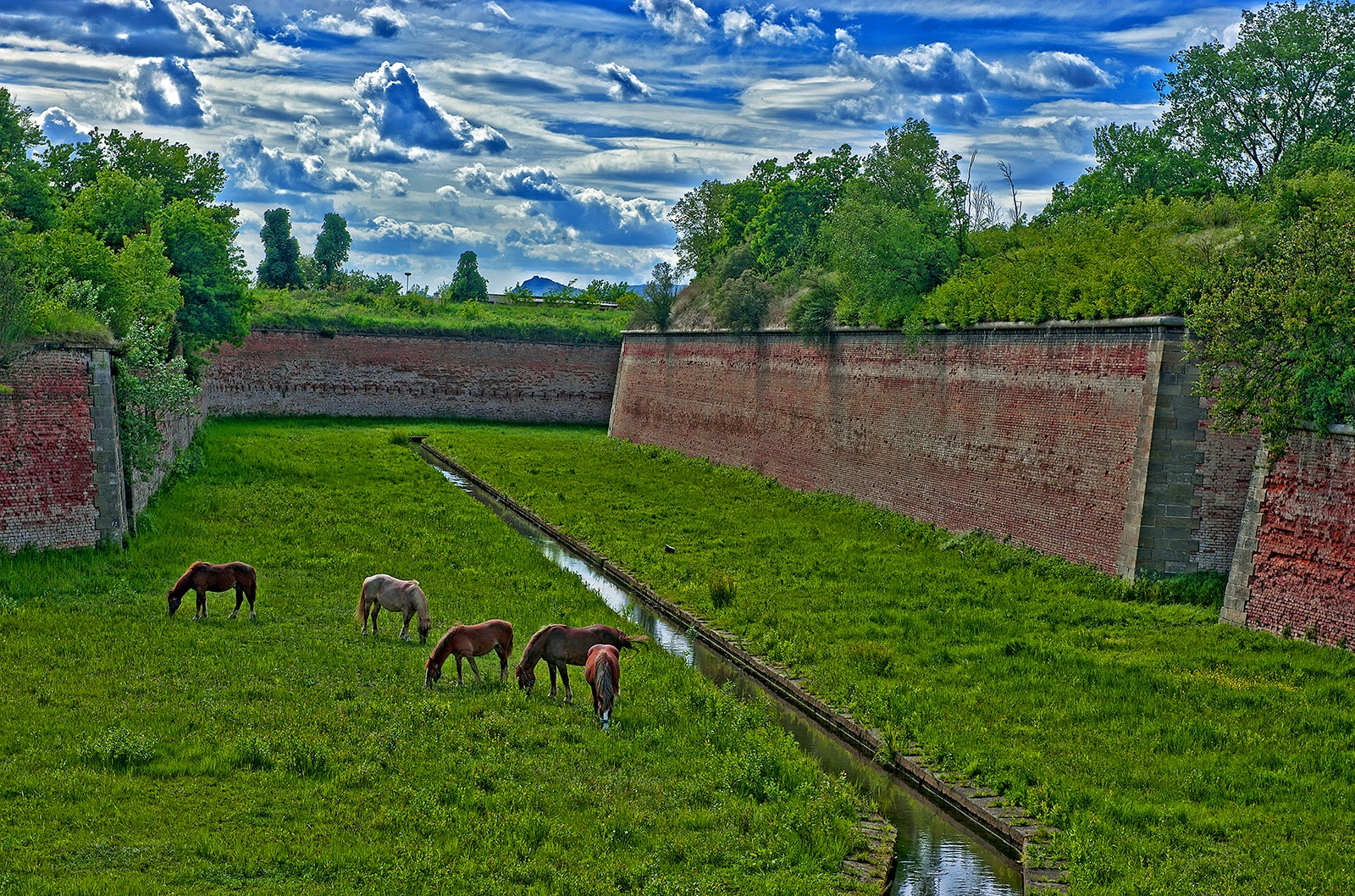 Terezin, Czech Republic, fortress, fortress moat, fortress walls