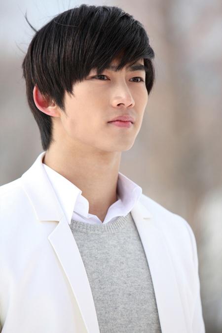 Artis Taecyeon