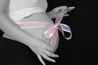 "Murfreesboro & Delaware Maternity Photography by Elyk Studios ""The Gift"""