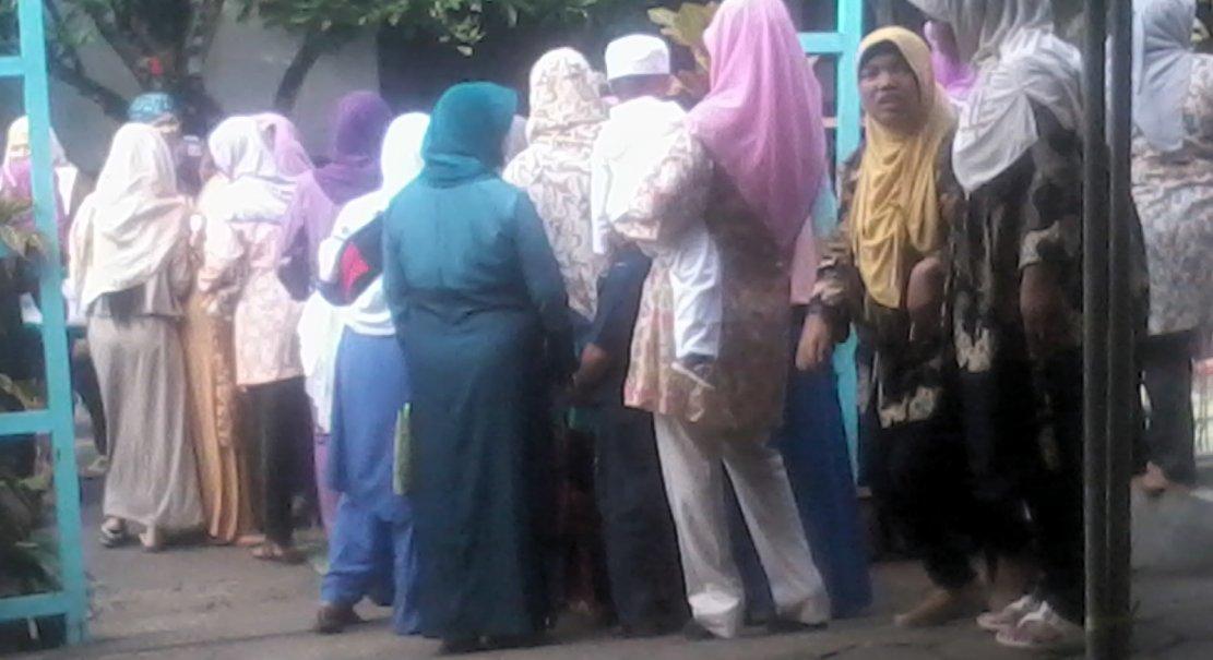 Muslimat Jamaah Sholat Ied Janti Nanggulan