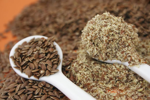 http://theholboxblog.com/2014/05/02/video-how-to-make-flaxseed-gel-with-flaxseed-meal/