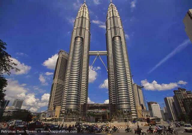 Petronas Twin Towers - Kuala Lumpur, Malásia