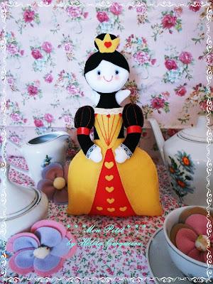 decoração aniversário-em feltro-Alice no país das Maravilhas-rainha de copas-Alice in Wonderland-felt-Queen of Hearts