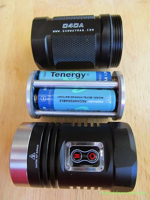 Sunwayman D40A [4xAA Flashlight] - Battery Carrier Out And Apart