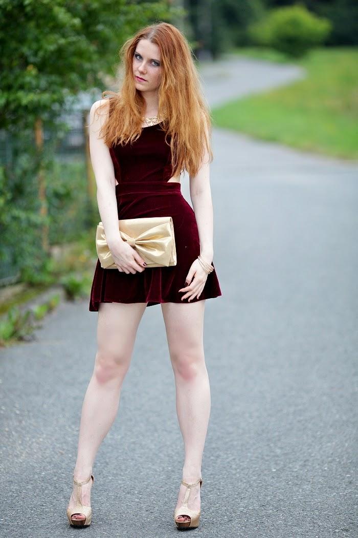 miss selfridge, velvet dress, cut out, saténové šaty, levné nákupy