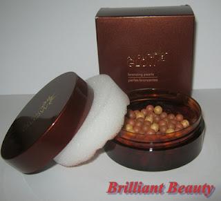 Perle bronzante Avon Glow