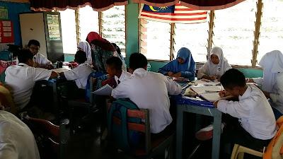 Ceramah Sains PT3 di SMK Bandar Bukit Kayu Hitam
