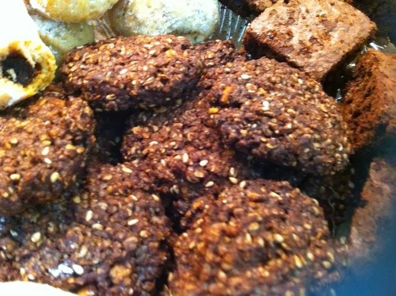 עוגיות גרנולה עם קקאו