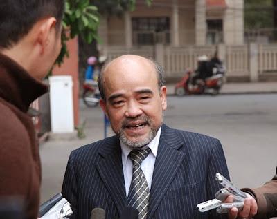 G.S Đặng Hùng Võ