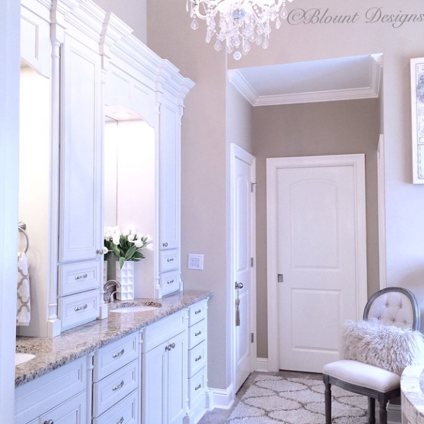 Gorgeous Real Life Bathrooms | @blountdesigns