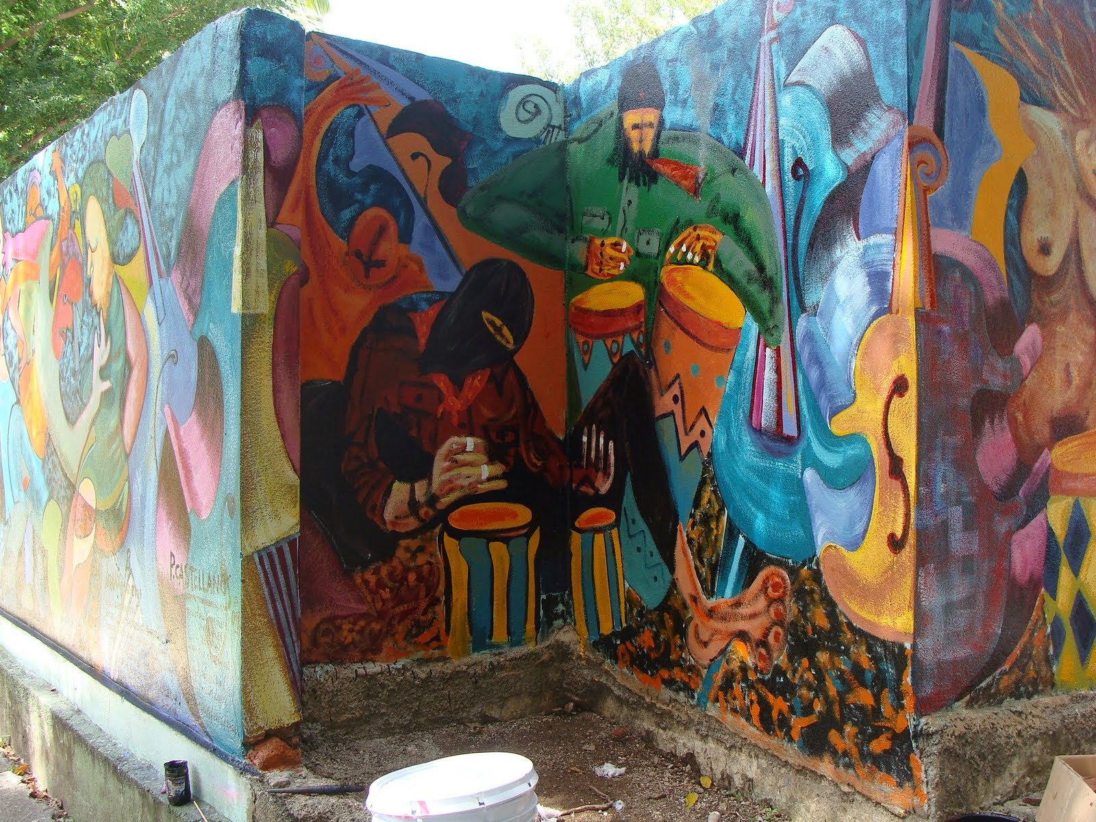 El artista mexicano abel ram rez pinta en cuba un mural for Arte colectivo mural