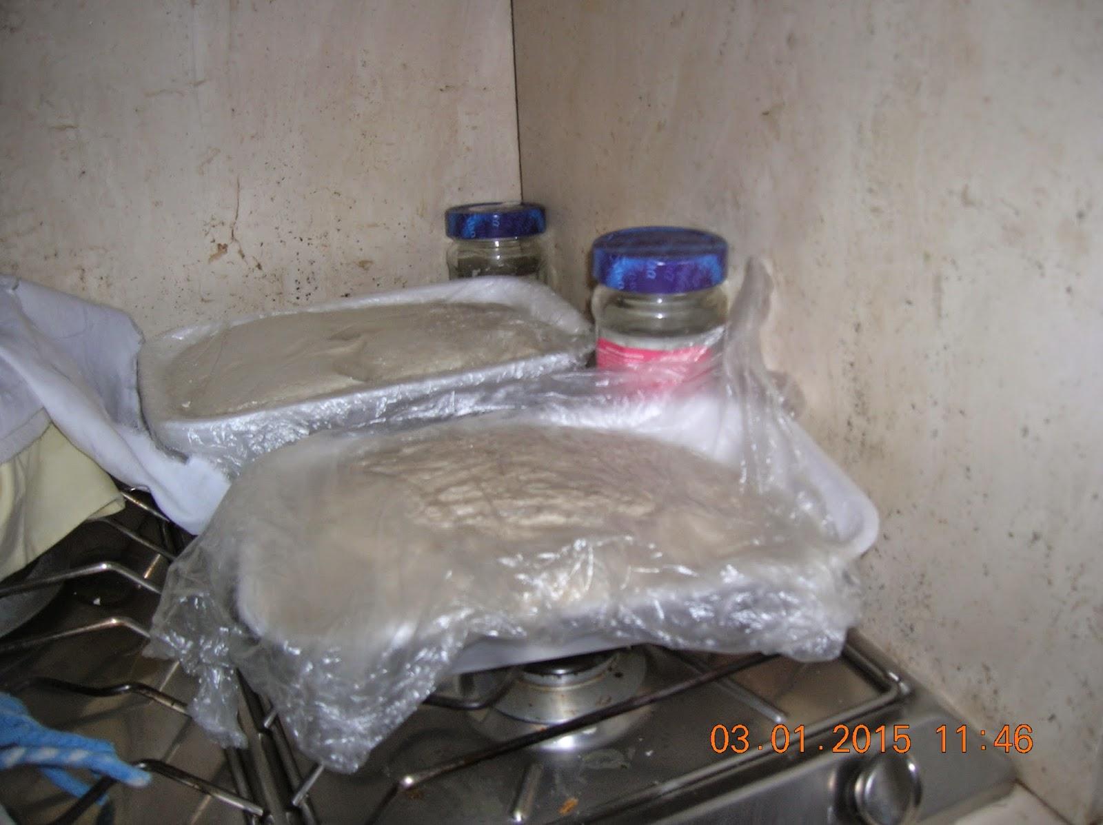 pane  semintegrale e di semola rimacinata fatto in casa con su  frummentu