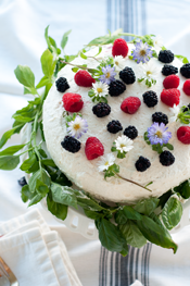 Flowering Berry Cake