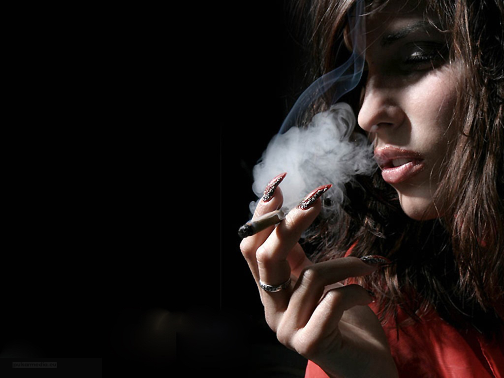 sexy girls smoking