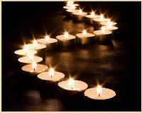 Πώς θα κάνουμε τα κεριά μας να διαρκούν περισσότερο χρόνο  και πώς αφαιρούμε κερί από κηροπήγια;