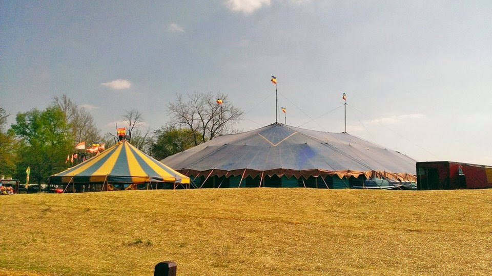 how to put up 4 king post circus tent
