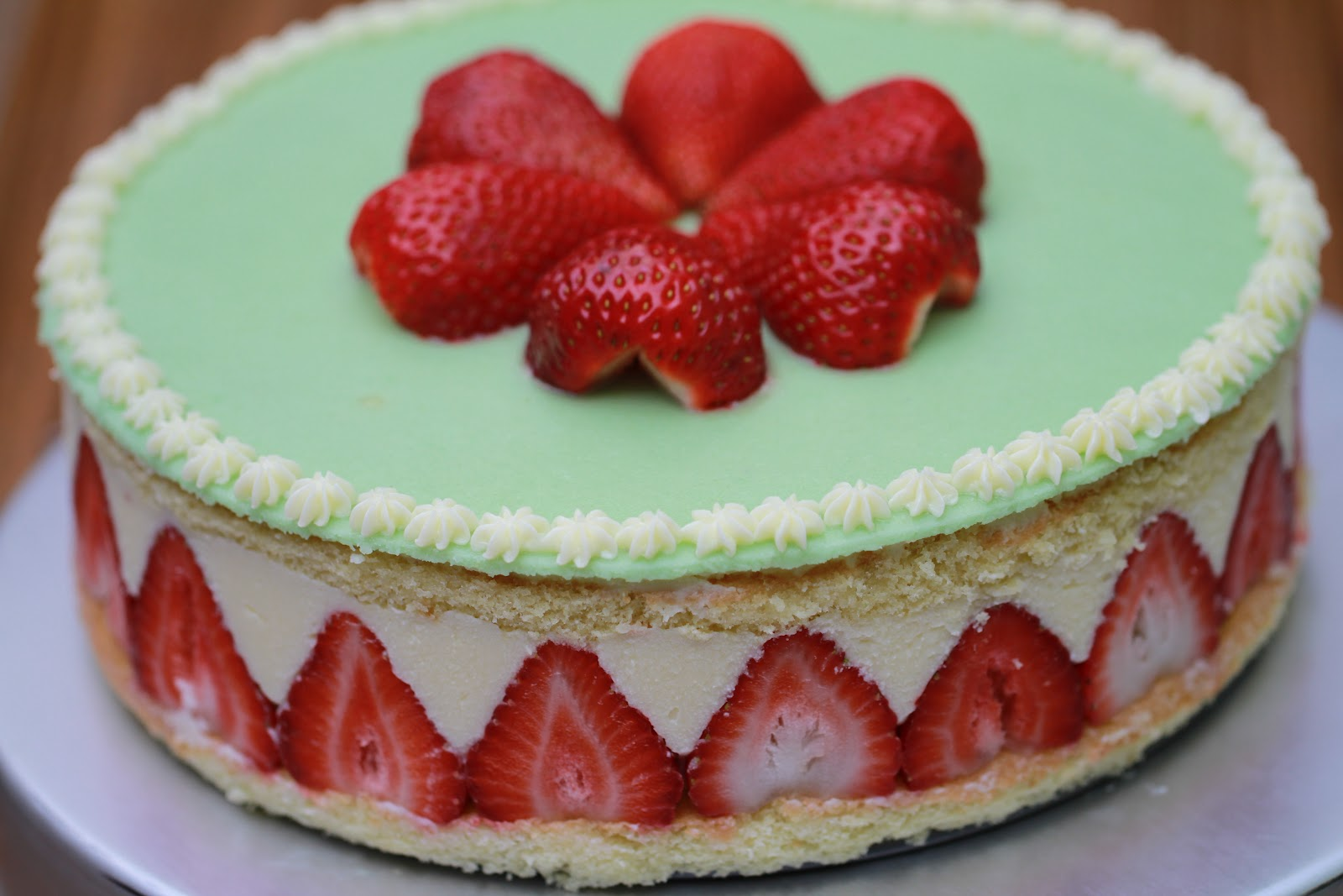 Fraisier-A Classic Strawberry