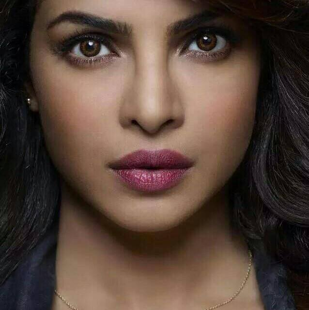 actress priyanka chopra image