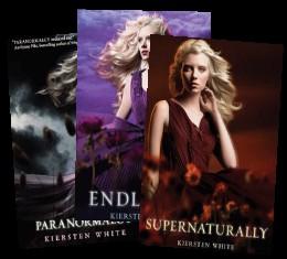 Kiersten White - Paranormalcy Series