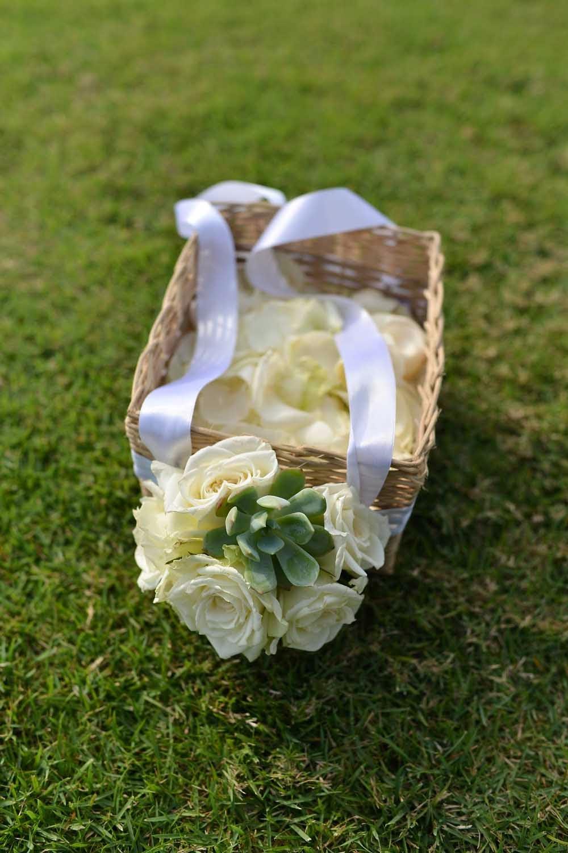 Flower Girl Baskets Nz : Florette bali green and white wedding at shalimar villa