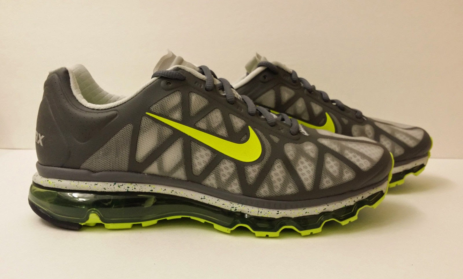 Nike Air Max+ 2011 Dark Grey Volt Green Shoes 429889-030 Men's US 8 available