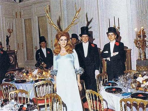 Baile Illuminati de los Rothschild de 1941 oculismo