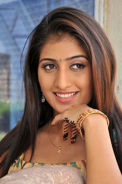 Telugu Film Actress Anisha Singh Cute Wallpapers