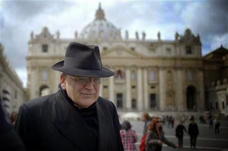 Sứ Điệp Từ Trời Ứng Nghiệm: Hồng y bảo thủ rời khỏi vị trí chủ chốt ở Vatican