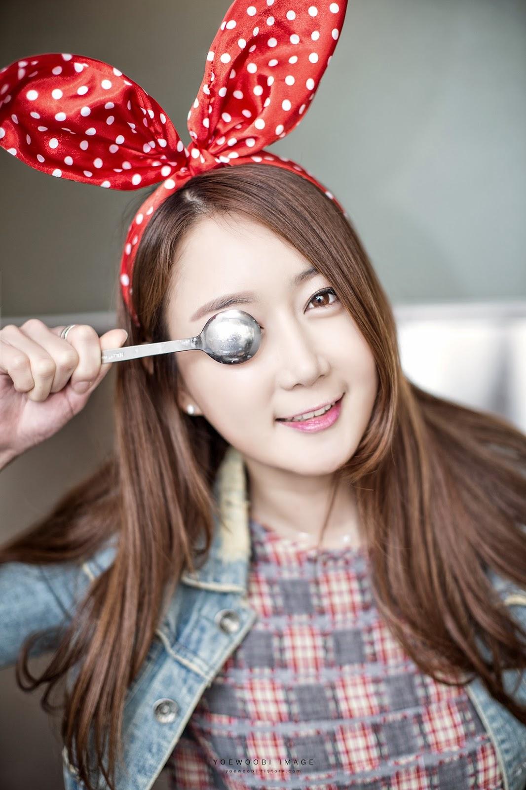 3 Han Chae Yee - IN-N-OUT - very cute asian girl-girlcute4u.blogspot.com