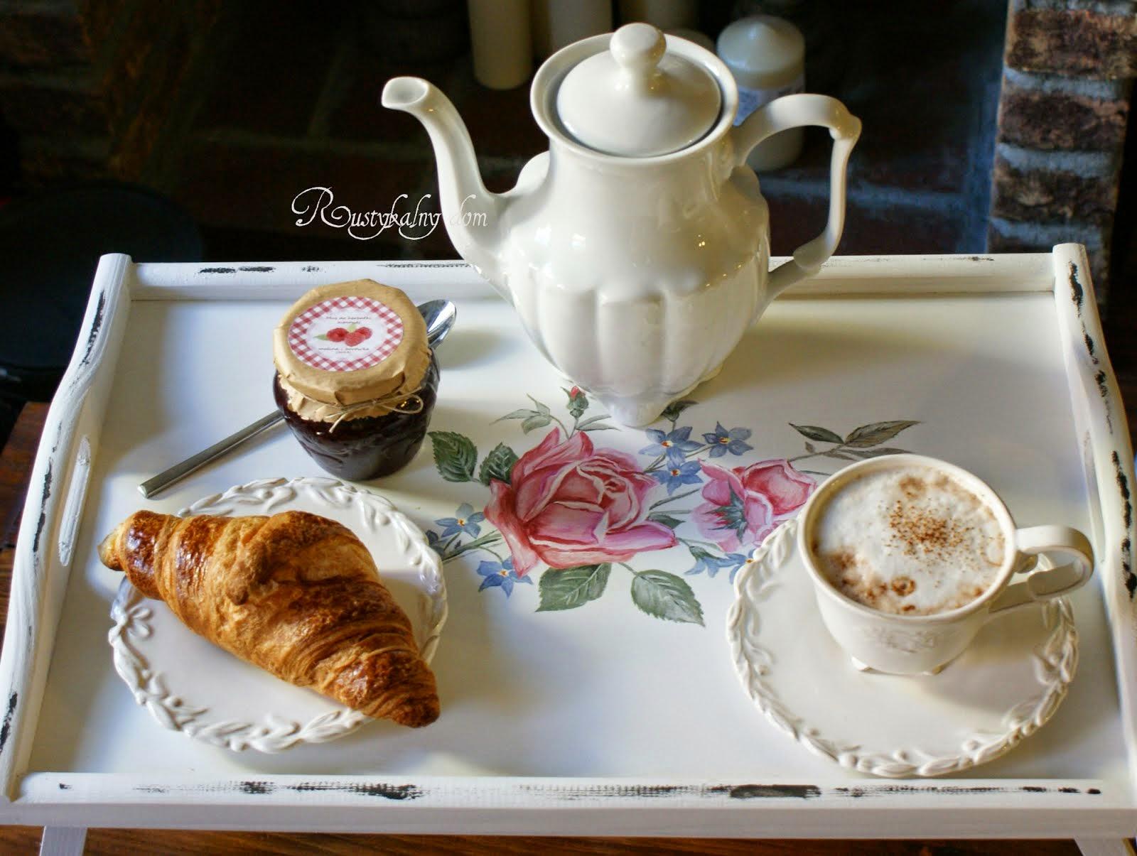 Ręcznie malowane tace śniadaniowe
