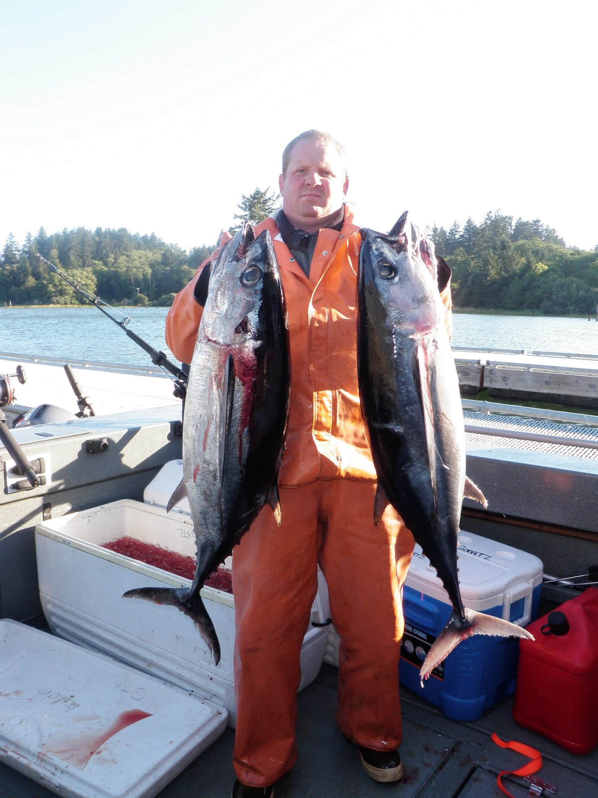 Todds extreme fishing ilwaco tuna westport salmon for Todd s tropical fish