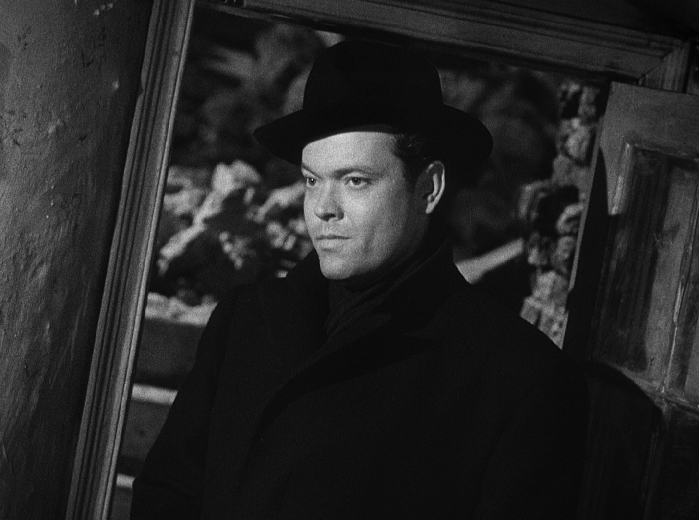 orson men Discover orson welles famous and rare quotes share orson welles quotations about films, hate and art we're born alone, we live alone, we die.