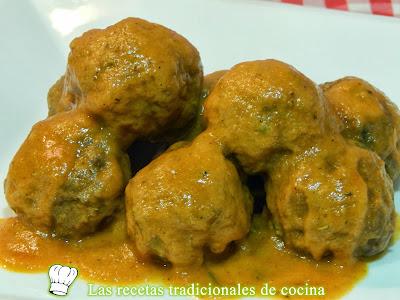 Receta simple de albóndigas en salsa