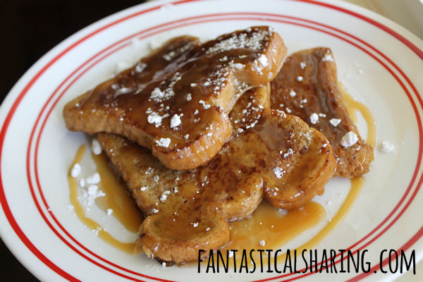 Caramel French Toast | Caramel Macchiato coffee creamer in your coffee and a little in your French toast #whatsyourid