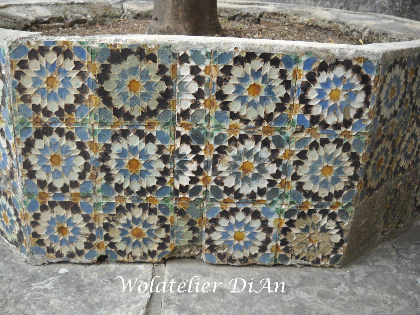 Weblog Wolatelier Dian  Granny squares van Portugese tegels