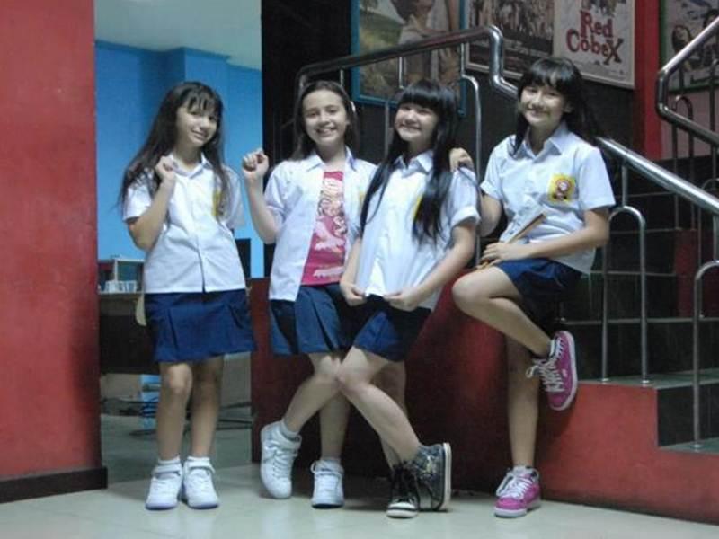 Foto Bessara Baju SMP