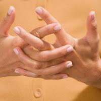 Tanda-tanda gangguan kesehatan pada tangan Gambar tangan yang ideal