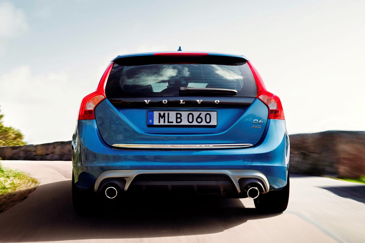 Volvo V60 Plug-In Hybrid R-Design rear