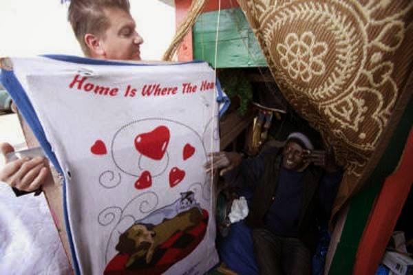I've Seen People Turn Garbage Into Some Cool Stuff. But THIS…. This Is Absolute Brilliance. - he uses what he collects to build small, one room shelters for th homeless