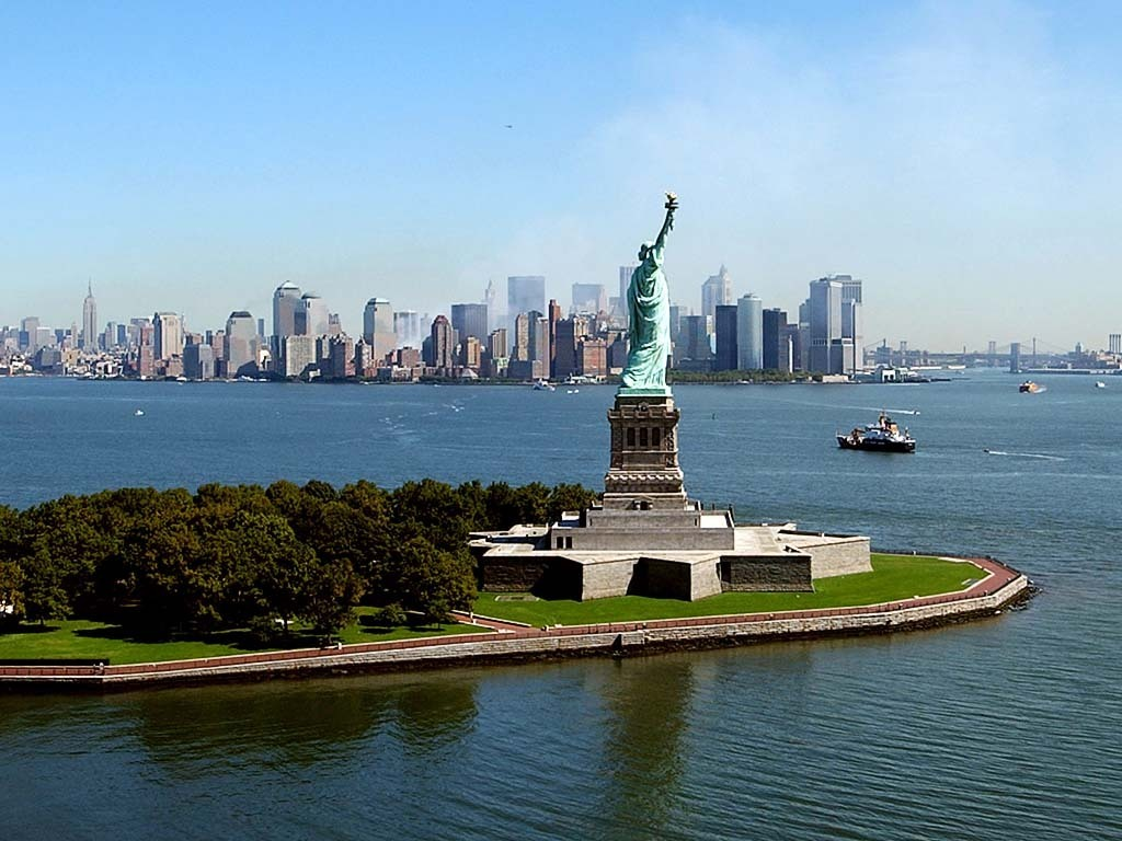 New york tourism new york attractions for Attractions in new york new york